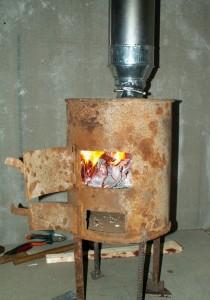 Простенькая печка-буржуйка